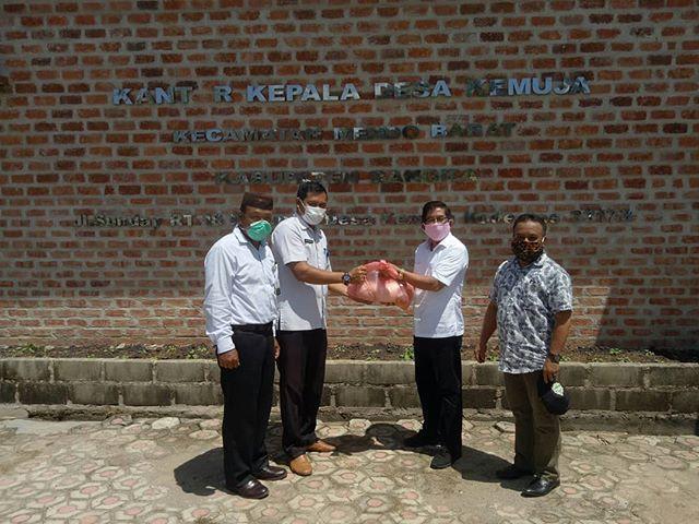 Kampus IAIN SAS Bagikan 300 Paket Sembako