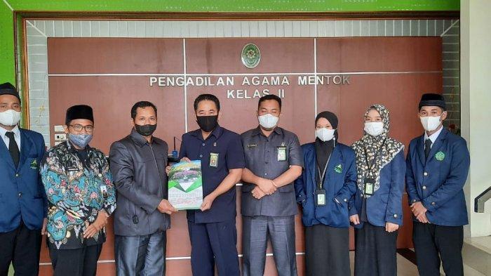 Perdalam Praktik Ilmu Hukum, Mahasiswa Prodi HKI Ikuti PKL di Pengadilan Agama Mentok