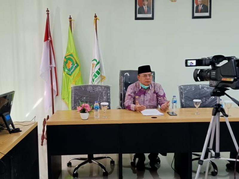 Wakil Rektor II Prof. Dr. H. Hatamar, M.Ag.