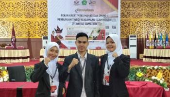 Debat Konstitusi PKM II Se-Sumatera Sumbangkan Perak untuk Kontingen IAIN SAS Babel