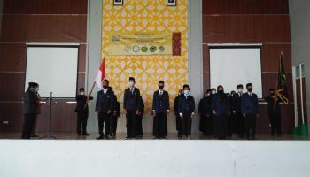 Dekan Lantik SEMA, DEMA  dan HIMA Fakultas Syariah dan Ekonomi Islam Periode 2021-2022