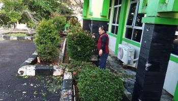 Ciptakan Lingkungan Bersih, IAIN SAS Babel Lestarikan Semangat Gotong Royong